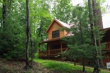 940 Eagle Ridge Rd, Campton, KY 41365
