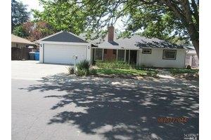 311 Cherry St, Vacaville, CA 95688