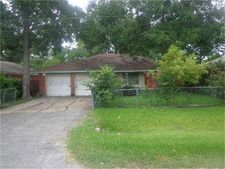 4007 Beatrice Ave, Dickinson, TX 77539