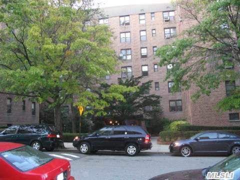 83-25 98 St Unit 2R Woodhaven, NY 11421
