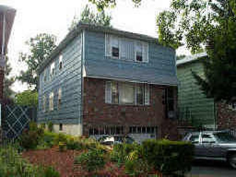 5 Lawton St East Orange NJ 07017