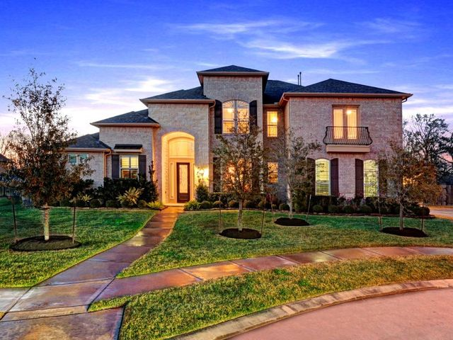 325 Grand Ranch Ln Friendswood Tx 77546 6 Beds 6 Baths