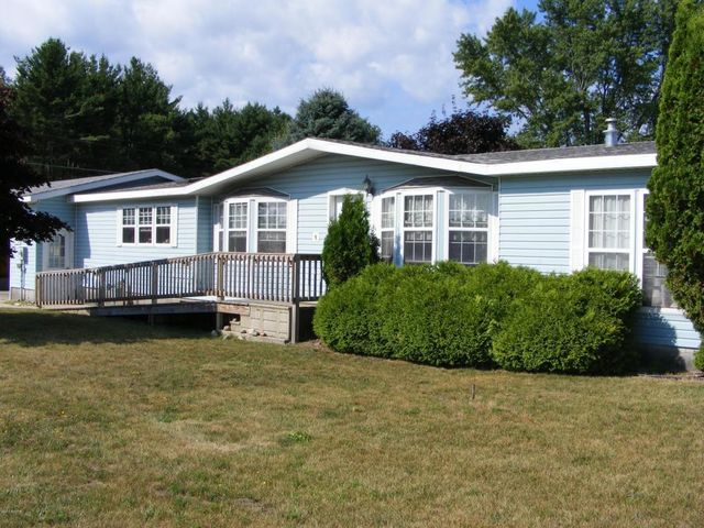 212 s jackson rd ludington mi 49431 home for sale and real estate listing