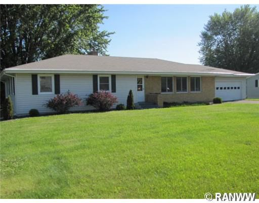1305 E Woodland Ave, Barron, WI 54812