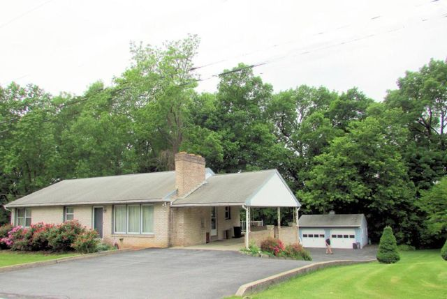 2337 fiddlers elbow rd hummelstown pa 17036 home for sale and real estate listing