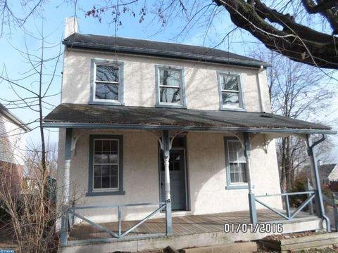 231 N Main St, Richlandtown, PA 18955