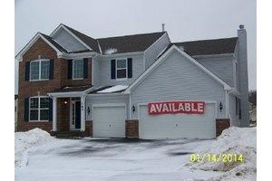 163 Ashton Ln, Crystal Lake, IL 60014