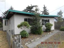 822 13th Ave, Seaside, OR 97138