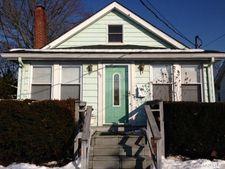 69 Case Ave, Patchogue, NY 11772
