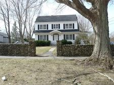 79 Broadway St, Colchester, CT 06415