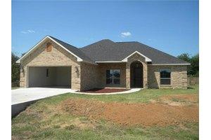 116 W Walnut St, Mabank, TX 75147