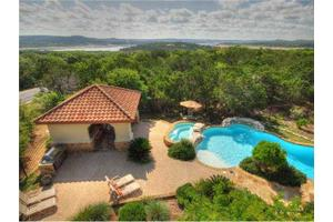 7204 Tradewind View Dr, Jonestown, TX 78645