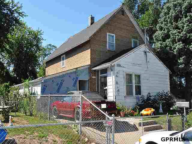 2717 Madison St Omaha NE 68107