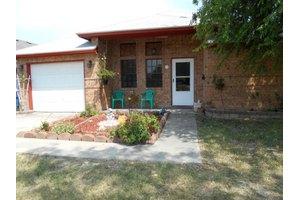 163 N McCampbell St, Aransas Pass, TX 78336