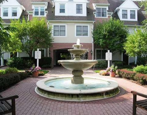 51 Forest Ave Apt 166, Old Greenwich, CT 06870