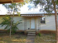 606 Barton Ln, Gatesville, TX 76528