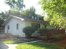 34 N 22nd St, Denison, IA 51442