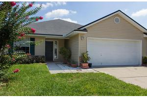 2924 Brittany Bluff Dr, Orange Park, FL 32073