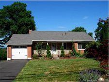 438 Ridge Rd, Wethersfield, CT 06109