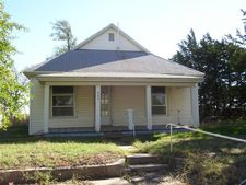 405 S Main St, Haviland, KS 67059