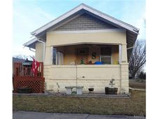 112 S Barr St, Centralia, MO 65240