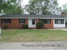 514 Clifford Ave, Fayetteville, NC 28314