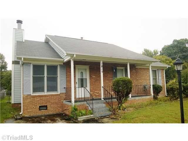 1815 Bothwell St, Greensboro, NC 27401