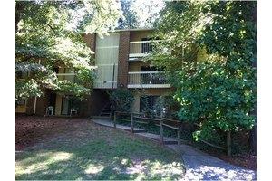 1110 Schaub Dr Apt F, Raleigh, NC 27606