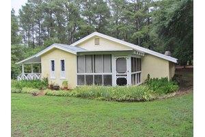 955 Robert Hardeman Rd, Winterville, GA 30683