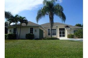 119 SW Oakland Ave, Port Saint Lucie, FL 34953