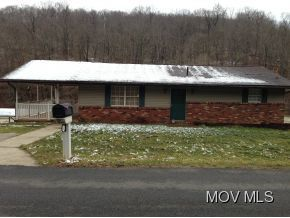641 Buck Run Rd, Mineral Wells, WV 26150