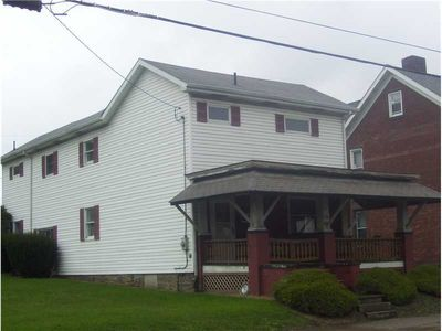 106 S Broadway St, Scottdale, PA