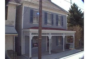 13 N Second St, New Freedom, PA 17349