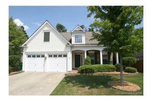 6406 Ridgeview Commons Dr, Charlotte, NC 28269