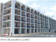 51 Hiering Ave Apt A8, Seaside Heights, NJ 08751