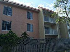 4804 Nw 79th Ave Apt 302, Miami, FL 33166