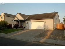 51674 Se 4th St, Scappoose, OR 97056