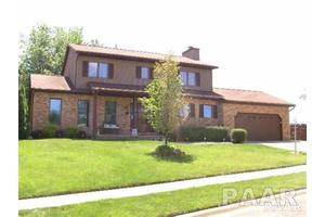 12606 N Broadview Ct, Dunlap, IL 61525