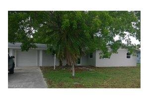 912 Dean Way, Fort Myers, FL 33919