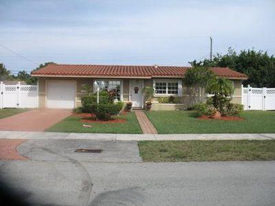 10521 Sw 52nd St, Miami, FL