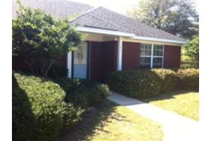 143 Oakwood Ave, Fairhope, AL 36532