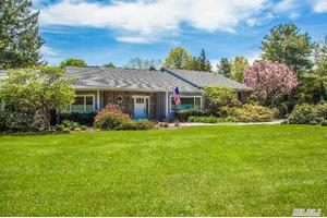 52 Clay Pitts Rd, Greenlawn, NY 11740