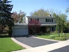 3025 Oxford Ln, Northbrook, IL 60062
