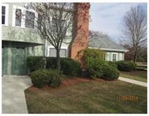 75 Page Rd Unit 21, Bedford, MA 01730