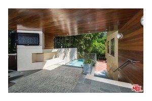 6135 Glen Oak St, Los Angeles, CA 90068