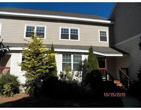 8 Mayberry Dr Unit D, Westborough, MA 01581