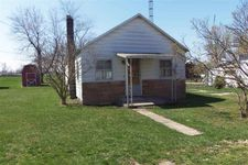 613 Lincoln Ave, Dunkirk, IN 47336