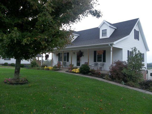 3107 sarah ln danville ky 40422 home for sale and real estate listing. Black Bedroom Furniture Sets. Home Design Ideas