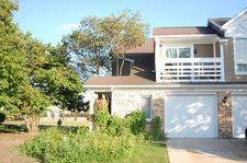 1207 Ranch View Ct, Buffalo Grove, IL 60089