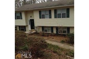 2676 Tammi Ln, Gainesville, GA 30506